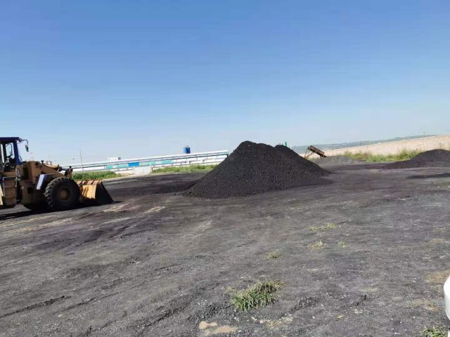 """五寨县:谁来监管这家""""黑""""煤场?"""